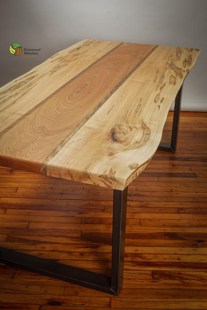 table de salon avec bords naturels emmanuel p luchon. Black Bedroom Furniture Sets. Home Design Ideas